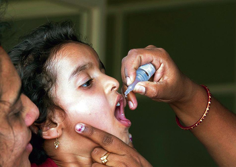Sra000 Polio Hero
